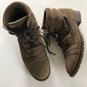 Steve Madden Suede Maecie Lace Up Boots 8.5 Brown